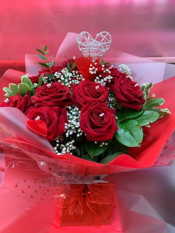 12 Red Rose Kisses - LUXURY DESIGN