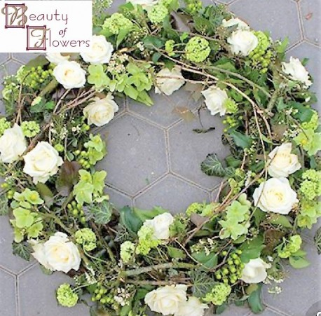 White Garden Wreath