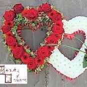 Double Red Rose Heart S059